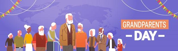 Glückliche großeltern-tagesgruß-karten-fahnen-mischungs-renngruppe der älteren leute-feier