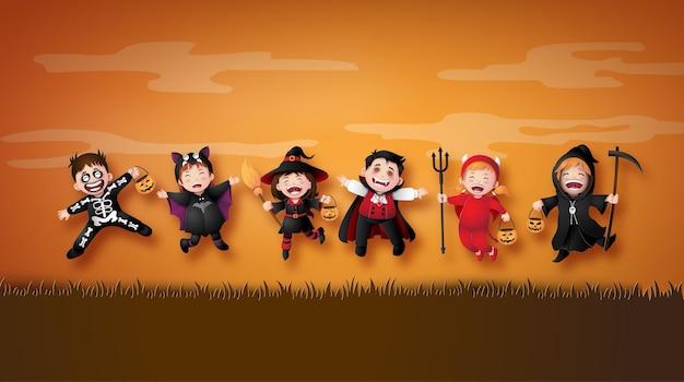 Glückliche halloween-partei mit gruppenkindern in halloween-kostümen. illustration der papierkunst