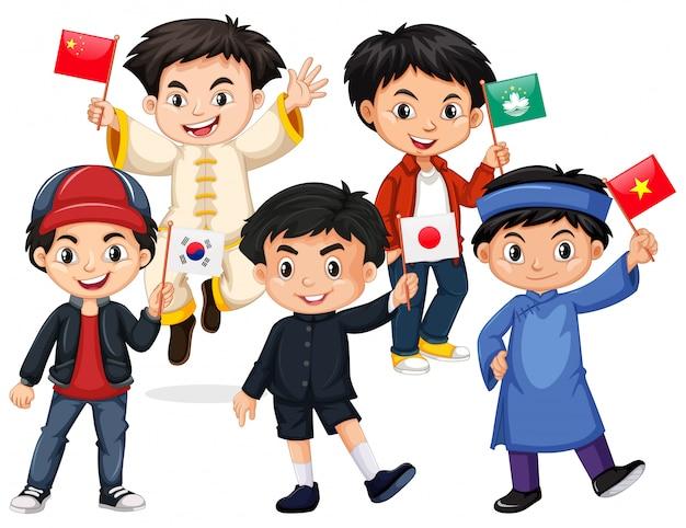 Glückliche jungen, die flagge aus verschiedenen ländern halten