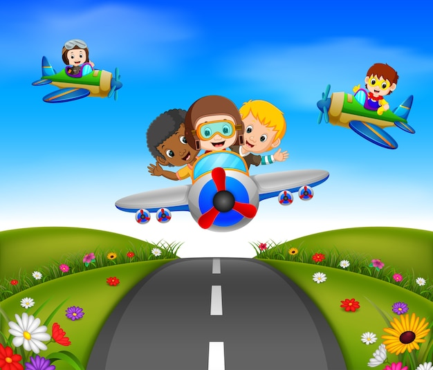 Glückliche kinder auf einem flugzeug fahren