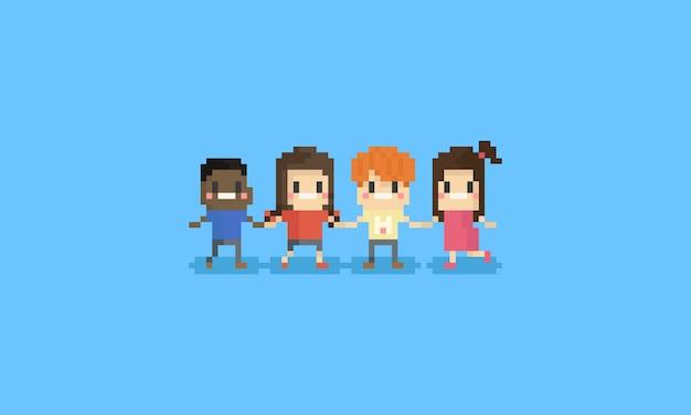 Glückliche kinder des pixels, die sie hand zusammenhalten