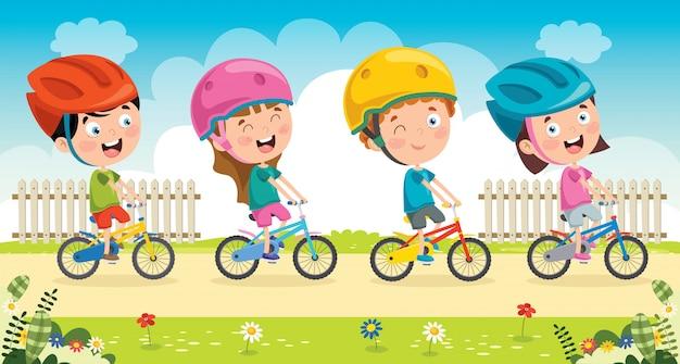 Glückliche kleine kinder, die fahrradsatz fahren