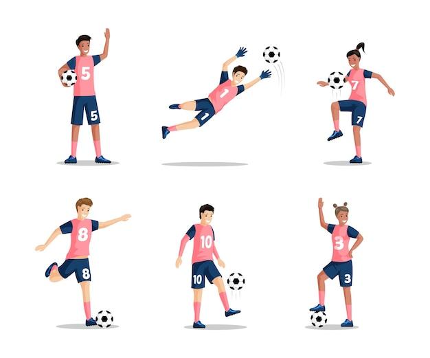 Glückliche lächelnde jungen und mädchen, die flache illustration des fußballvektors spielen