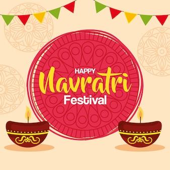 Glückliche navratri-feier-grußkarte mit kerzen im keramik-topf- und girlanden-dekorationsvektorillustrationsdesign