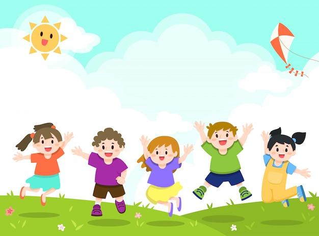 Glückliche spielende kinder, springender hintergrund