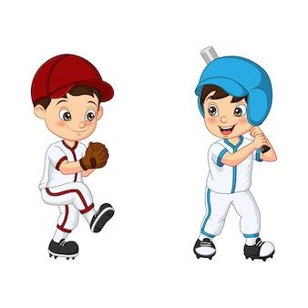 Glückliche zwei kinder, die baseball spielen