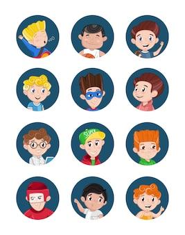 Glücklicher avatarensatz der kleinen jungen