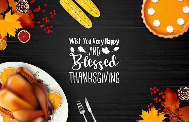 Glücklicher erntedankfesthintergrund mit traditionellem feiertagsabendessen auf holztisch