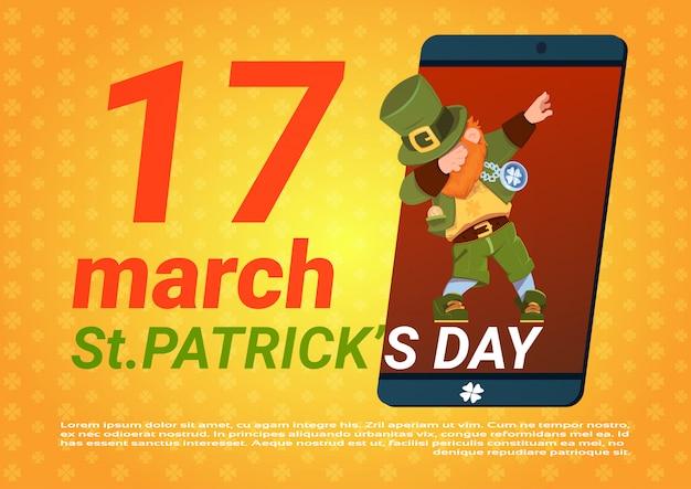 Glücklicher heiliges patricks-tagesschablonen-hintergrund mit grünem kobold im intelligenten telefon