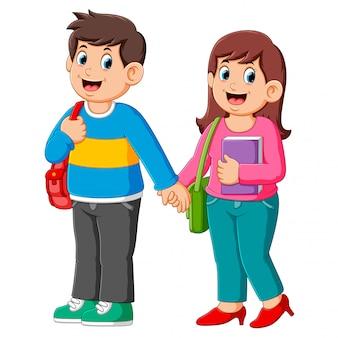 Glücklicher junge und mädchen gehen zur schule