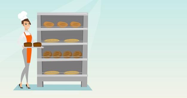 Glücklicher junger bäcker, der einen behälter mit brot hält.