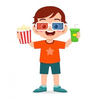 Glücklicher niedlicher kleiner junge trägt 3d brille