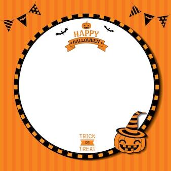 Glücklicher orange hintergrund halloweens mit kürbis