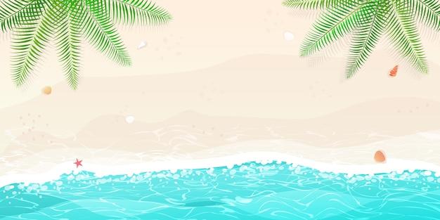 Glücklicher sommerstrandurlaub
