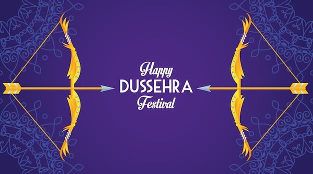 Glückliches dussehra festivalplakat mit bögen im lila hintergrund