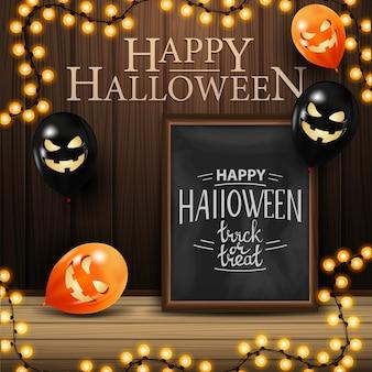 Glückliches halloween mit kreidebrett mit schöner beschriftung