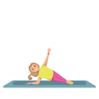 Glückliches kind, das morgen-eignungs-sport-training tut