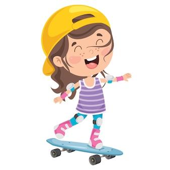 Glückliches kleines kind, das draußen skateboard fährt