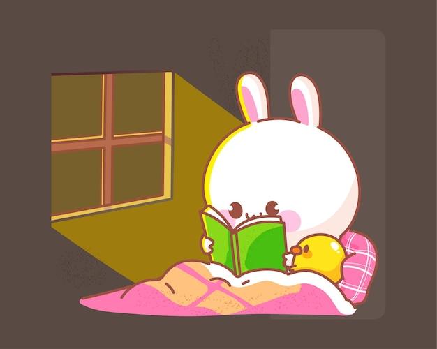 Glückliches niedliches kaninchen mit ente las buchbett vor dem schlafengehen auf nachtkarikaturillustration