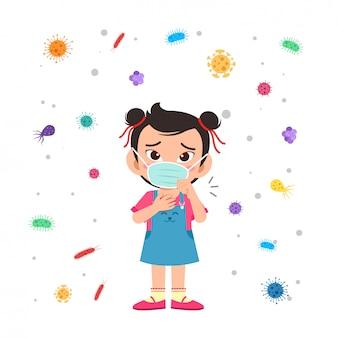 Glückliches niedliches kleines kind tragen maske vermeiden virus