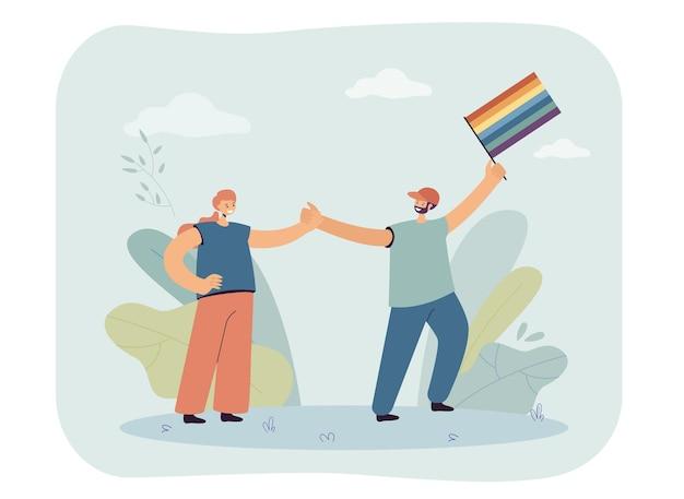 Glückliches paar, das die lgbt-community unterstützt. männlicher charakter, der flache vektorillustration der regenbogenflagge hält