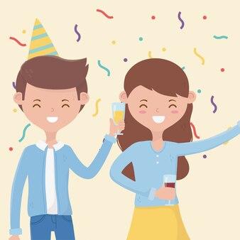 Glückliches paar mit weinglas auf geburtstagsfeierparty