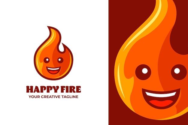 Glückliches rotes feuer-karikatur-maskottchen-logo