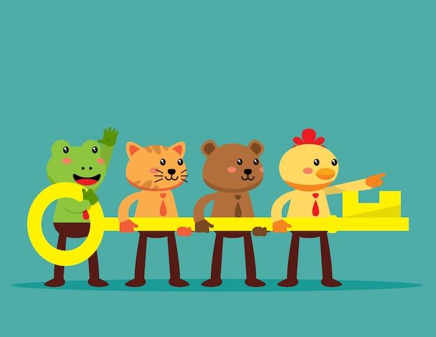 Glückliches tierteam, das großen schlüssel hält