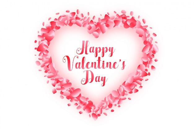 Glückliches valentinstagherz gemacht mit grußkarte des rosafarbenen blumenblattes