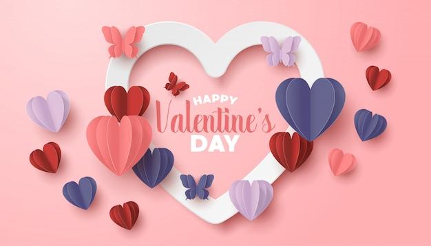 Glückliches valentinstagpapier schnitt art mit bunter herzform im rosa hintergrund