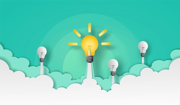 Glühbirne und team starten in den grünen himmel über der wolke und rauchen. vektor-design in papierschnitt.
