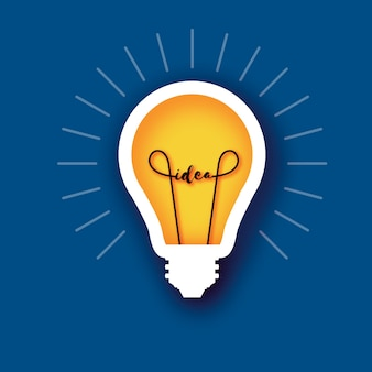 Glühbirnenlichtidee im papierhandwerksstil. origami glühbirne. leuchtend gelbe farbe für kreativität, startup, brainstorming, business. blauer hintergrund. .