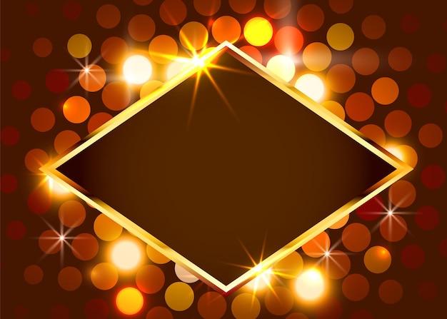 Gold glänzende vintage grenze an der hellen wand. goldener luxus realistischer rahmen.