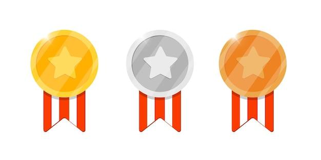 Gold-silber-bronze-medaillen-belohnungsset mit stern und gestreiftem band für videospiel- oder app-animationen. erster, zweiter, dritter platz, bonusleistungspreis. siegertrophäe lokalisierte flache vektorillustration