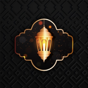 Golden beleuchtete laterne hängen mit lichteffekt auf schwarzem 3d-islamischem musterhintergrund.
