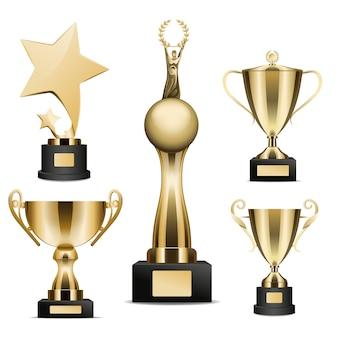 Golden trophy cups realistische sammlung