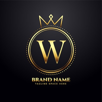 Goldenes logo-konzept des buchstabens w mit kronenform