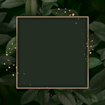 Goldrahmen auf laubmusterhintergrund-vektorschablone