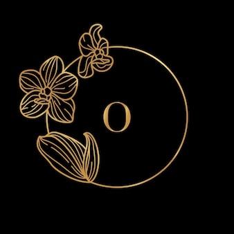 Goldrahmenschablone orchideenblume und monogrammkonzept mit dem buchstaben o im minimalen linearen stil. vektorblumenlogo mit kopienraum für text. emblem für kosmetik, medikamente, lebensmittel, mode, schönheit
