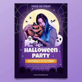 Gradient halloween vertikale party flyer vorlage mit foto