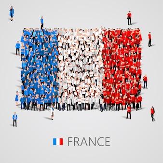 Große gruppe von menschen in form der französischen flagge