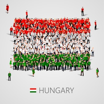 Große gruppe von menschen in form der ungarischen flagge