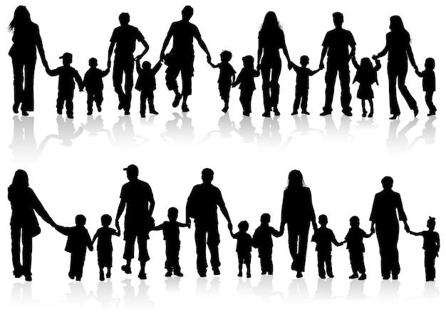 Große reihe von silhouetten von eltern mit kindern, die händchen halten, vektorillustration