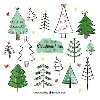 Große sammlung von hand gezeichnet weihnachtsbäume