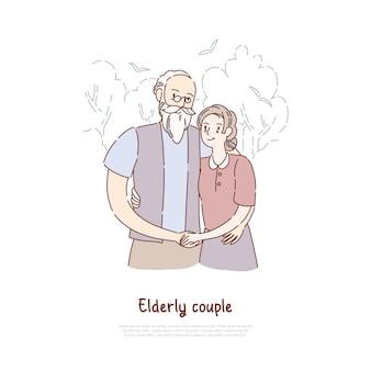 Großvater und großmutter stehen zusammen