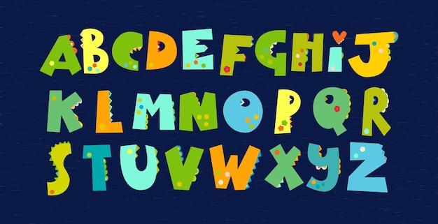 Grüne dinosaurier-alphabet. schriftart für dino-drucke von kindertextilien, tapeten, papier für dino-scrapbooking, verpackungen, einladungskarten