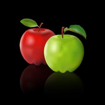 Grüner apfel und roter apfel lokalisiert auf schwarzem hintergrund