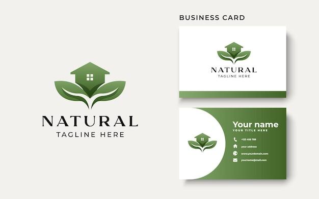 Grünes haus-logo-vorlage in weißem hintergrund isoliert. vektorillustration