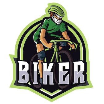 Grünes sport-logo des radfahrer-e