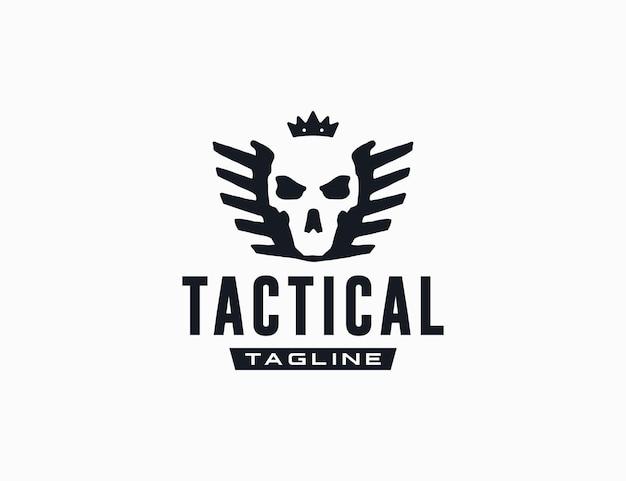 Grunge schädel mit krone mit flügel-logo-vorlage für taktische unternehmen